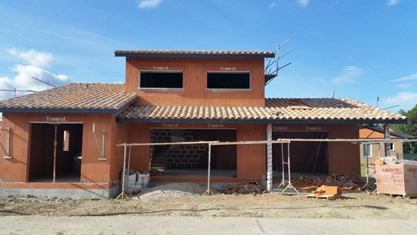 Construction de villas et maisons traditionnelles